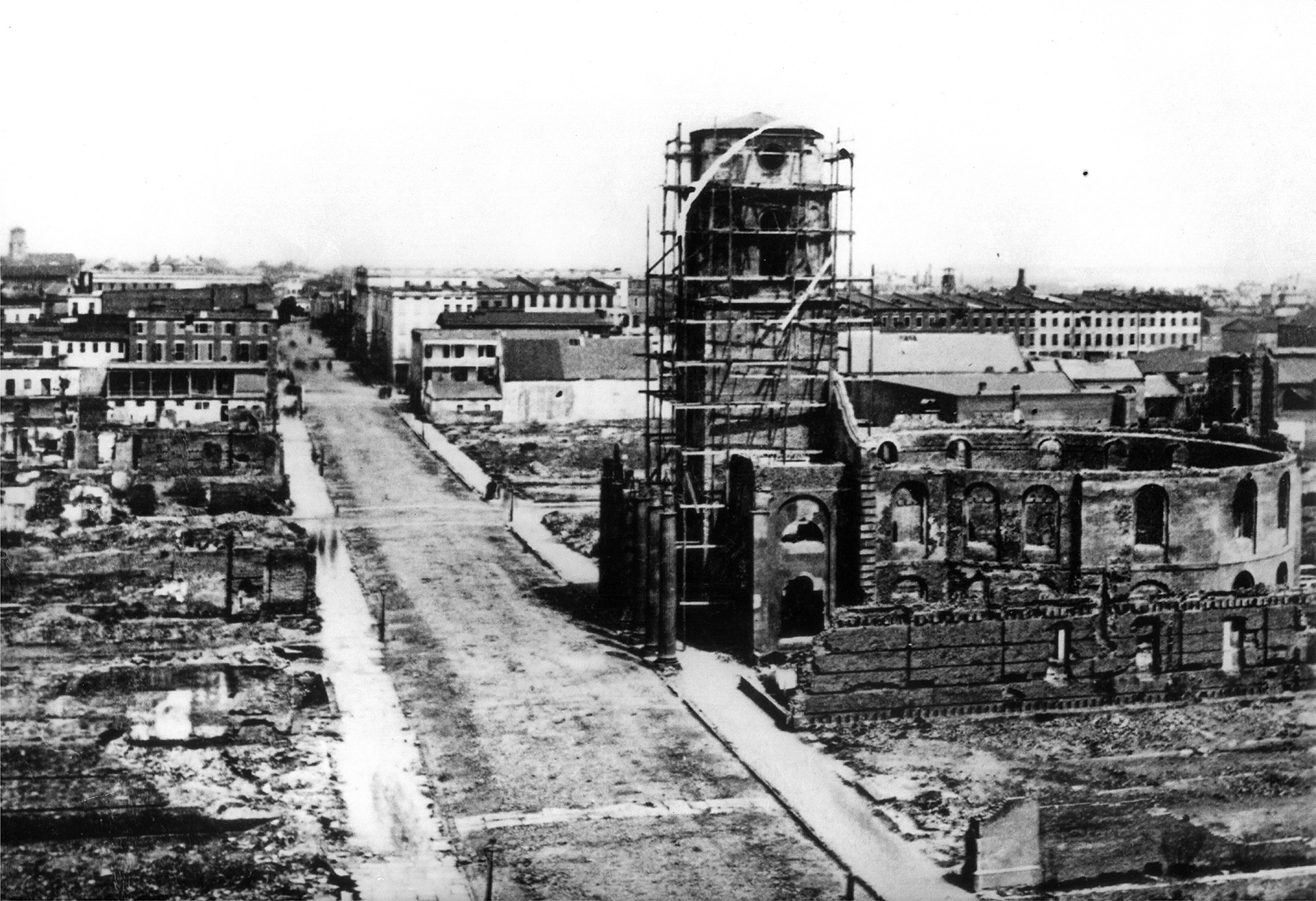 Looking north from The Mills House, spring 1865